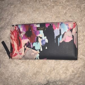 Kate Spade Floral Wallet (Brand New!)